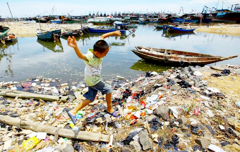 Vietnam is in the top five countries that discharge plastic into the oceans the most